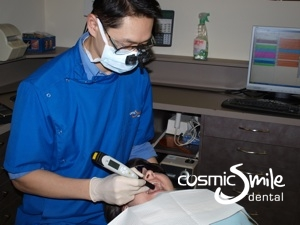 Dr. Jason Pang using the DIAGNOdent