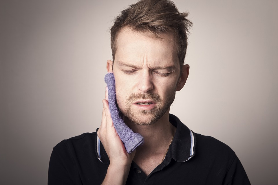 pain from delaying root canal therapy